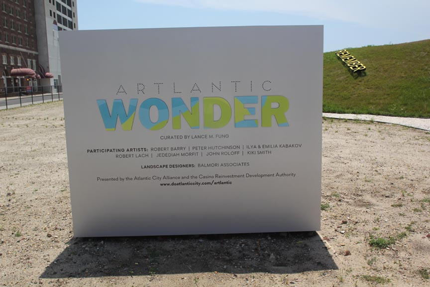 <b>artlantic wonder sign</b><br> The Artlantic Wonder Sculpture Park, Altantic City, NJ