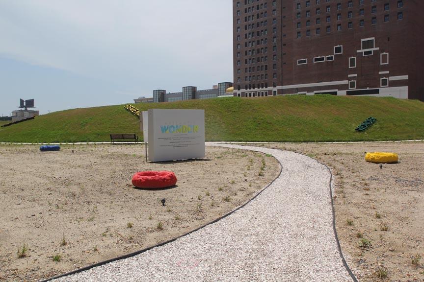 <b>refuge nest colony -left </b><br> The Artlantic Wonder Sculpture Park, Altantic City, NJ